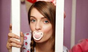 Jess: La youtuber que sufrió abuso infantil y ahora es una 'bebé adulta' [FOTOS y VIDEO]