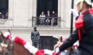 Nancy Lange: primera dama presenció cambio de guardia