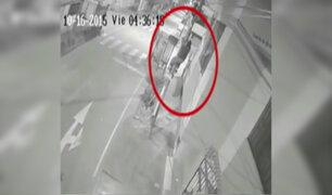 Caen delincuentes que trepaban postes para robar equipos de cable