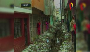 SMP: mujer de avanzada edad muere al caer a zanja por obra inconclusa
