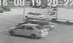 Surco: roban vehículo en estacionamiento del Jockey Club