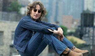 Hace 42 años John Lennon observó y fotografió de cerca un OVNI
