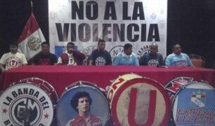 Barras de clubes peruanos se unen en contra de la violencia