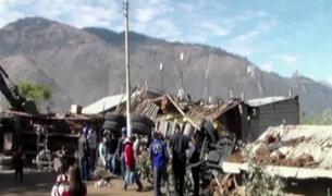 Abancay: cinco muertos deja choque de camión contra vivienda