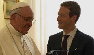 Papa Francisco y Mark Zuckerberg juntos para combatir la pobreza