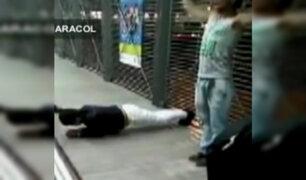 Colombia: castigan con ejercicios a quienes no pagan pasaje