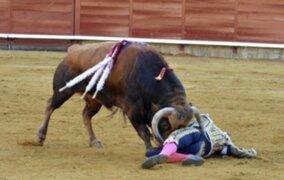 Peruano Roca Rey en cuidados intensivos tras ser embestido por un toro