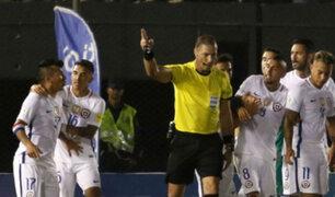 Revelan tremendo insulto de Medel al árbitro del Paraguay-Chile y quedaría fuera el resto del año