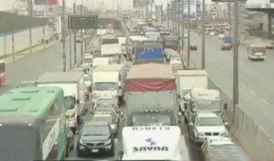 Independencia: caos vehicular por obras de instalación de gas