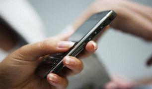 Adicción a celulares: adolescente denuncia a madre por quitarle dispositivo