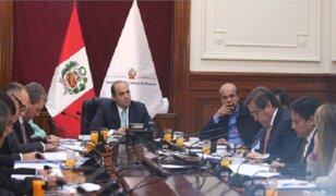 Fernando Zavala se reunió con el Apra por pedido de facultades legislativas