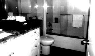 Cosas que te arrepentirás toda la vida de haber guardado en tu baño [FOTOS]
