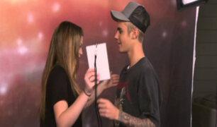 VIDEO: conocidos artistas sorprenden a fans