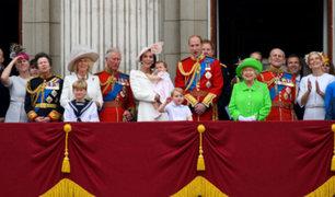 El cumpleaños de la reina de Inglaterra que hizo historia en las redes sociales [FOTOS]
