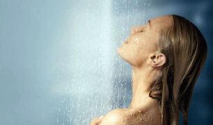 Bañarte a diario puede ser lo más peligroso para tu salud, según especialistas