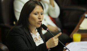 Congresista Yeni Vilcatoma denuncia a congresistas y periodistas por hostigamiento político
