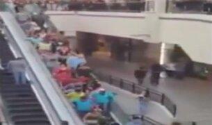 México: momentos de desesperación por desperfecto en escalera eléctrica