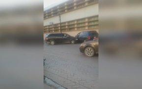 México: mujer choca el auto de su exesposo al verlo con su nueva pareja