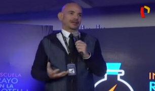 """Ricardo Morán inaugura escuela de talentos """"Rayo en la botella"""""""