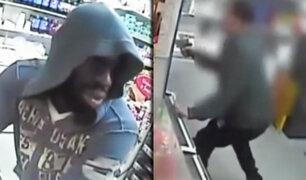 Asaltante huye de su víctima armada en Filadelfia