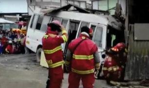 Ventanilla: madre de familia muere arrollada tras despiste de cúster