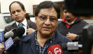 Dictan impedimento de salida del país para Carlos Moreno