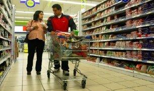 Aspec denunció a cadena de supermercados por cobros indebidos