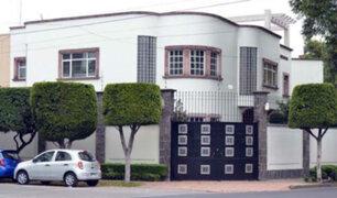 Aseguran que fantasma de Chespirito vaga por mansión de Florinda Meza