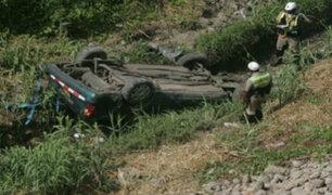 Caída de auto a abismo deja tres muertos en Cusco