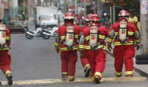 Incendio en El Agustino: solicitan al Estado más apoyo para los bomberos