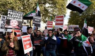 Londres: ciudadanos protestan contra bombardeos en Alepo