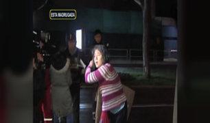 Mujer se lanza de acantilado y escapa de hospital