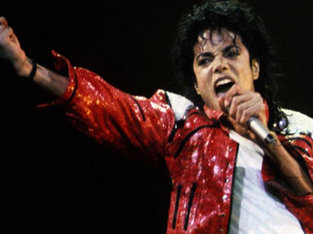 Michael Jackson es el artista fallecido que más dinero ganó este año