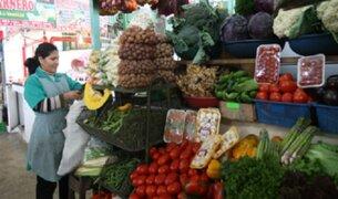 Ciudadanos se quejan por aumento de precios en alimentos en mercados de Lima