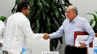 Gobierno colombiano y las FARC firman nuevo acuerdo de paz