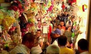 Campaña con caos: comerciantes generan desorden
