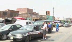 Cercado de Lima: alertan peligro por tapiceros en los alrededores del Coliseo Amauta