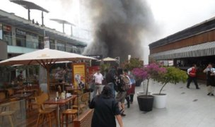 Comparan incendio en Larcomar con lo ocurrido hace 14 años en Utopía