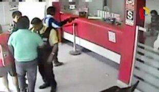 Asaltos con armas de guerra: cinco bancos atacados en solo un mes