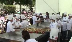 Arequipa: preparan plato de rocoto relleno más grande del mundo