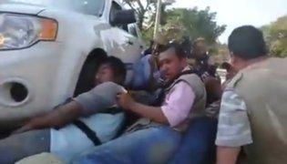México: periodistas quedan atrapados en balacera entre policías y manifestantes