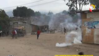 Tarapoto: desalojo a familias de invasores termina en batalla campal