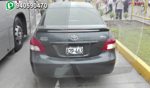 WhatsApp: auto invade el carril del Metropolitano en San Martín De Porres