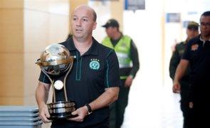 Copa Sudamericana: Santa Fe otorgó trofeo a Chapecoense