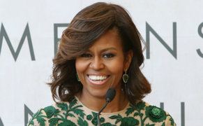 Michelle Obama sorprende con cambio de look