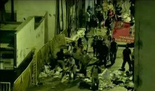 Denuncian penalmente a trabajadores de limpieza que arrojaron basura a calles