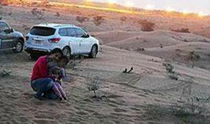 Las felices vacaciones de esta familia se convirtieron en pesadilla al tomarse esta foto en el desierto