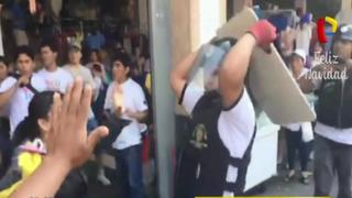 Centro de Lima: mujer herida tras enfrentamiento entre personal municipal y comerciantes informales