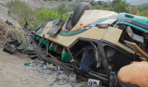 Escolares heridos en Cañete vienen recuperándose tras caída de bus a un abismo