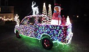 EEUU: camioneta navideña causa sensación